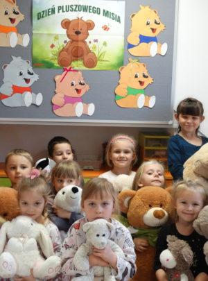 Zabezpieczony: Słoneczka w domowym przedszkolu